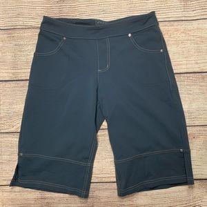 Athleta Bettina Blue/Gray Bermuda Shorts- Like New